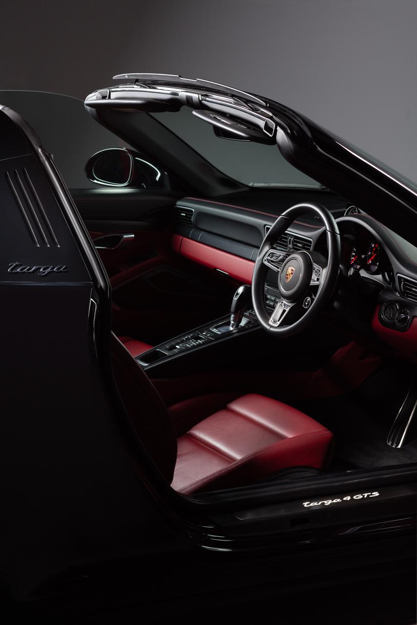 Targa 4 GTS Interior